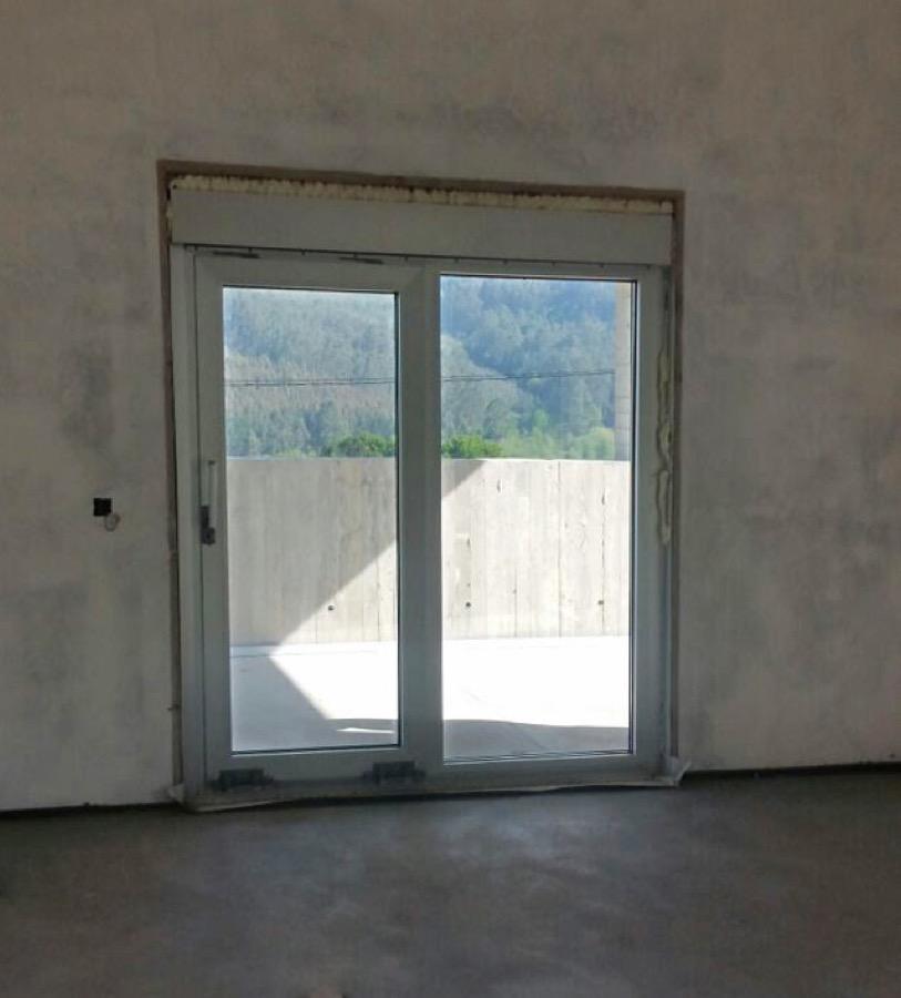 Instalación de ventanas de PVC en Montouto